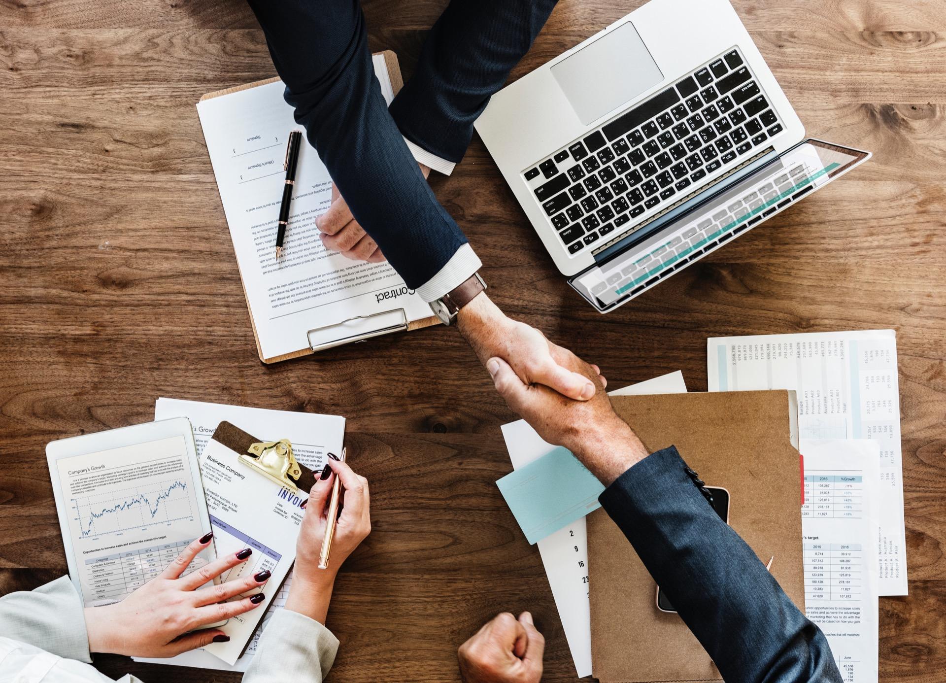 """Nomos advises Caisse des Dépôts et Consignations on its investment in « Qu'est ce qui tourne » under its « Investissements d'Avenir"""" program"""